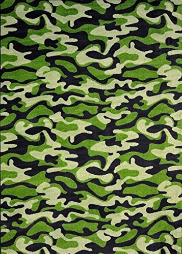 (Oval 12'x17' Green Funky Camo Pattern Indoor 26 oz Stainmaster Nylon Cut Pile Area Rug )
