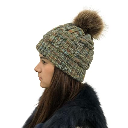 2dda8b6e063 Amazon.com  HKDGID Women s Winter Warm Knitted Beanie Hat with Faux ...