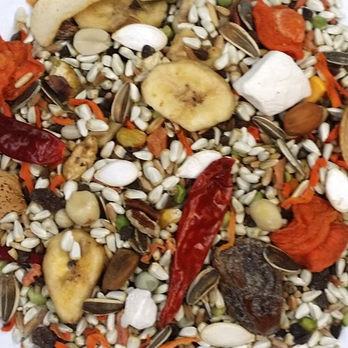 Kaylor-made Sweet Harvest Vitamin Enriched Parrot with Sunflower Seeds Bird Food 4 - Vitamin Harvest Sweet Macaw
