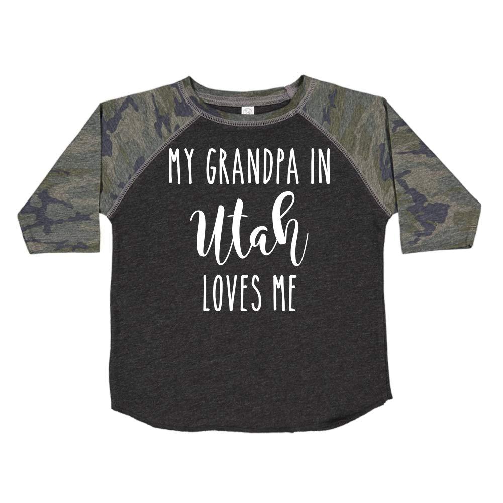 My Grandpa in Utah Loves Me Toddler//Kids Raglan T-Shirt