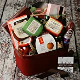 Extravagant Taste of The World Gourmet Gift Basket (4.9 pound)