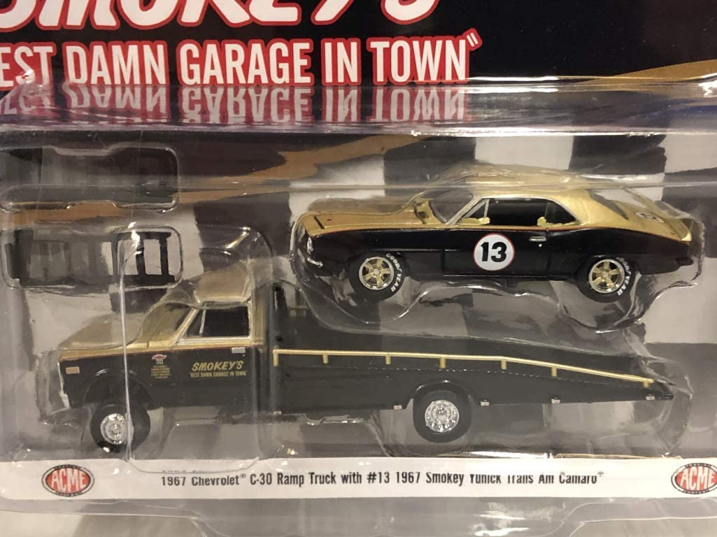 ACME 1:64 1967 Chevy C-30 Ramp Truck /& #13 Smokey Yunick Trans Am Camaro