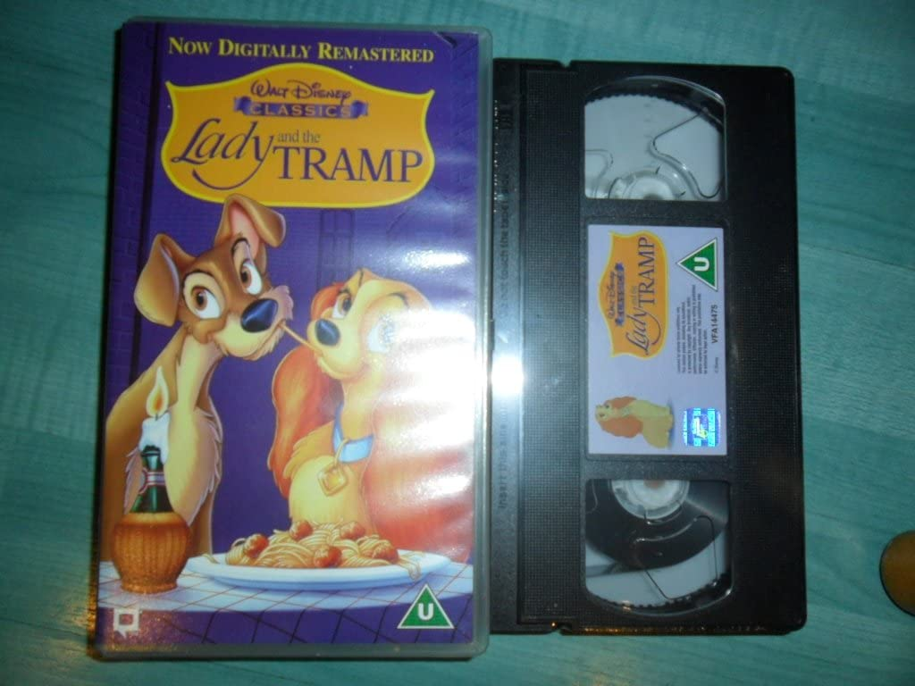 Amazon Com Lady And The Tramp Vhs Peggy Lee Barbara Luddy Larry Roberts Ii Bill Thompson Bill Baucom Stan Freberg Verna Felton Alan Reed George Givot Dal Mckennon Lee Millar Bill Lee Iv