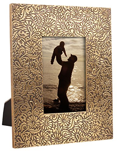 Photo / Picture Frame for 4×6 inch Photos Handmade Rectangular Embossed Brass Sheet  MDF – Decorative Tabletop Picture Stands