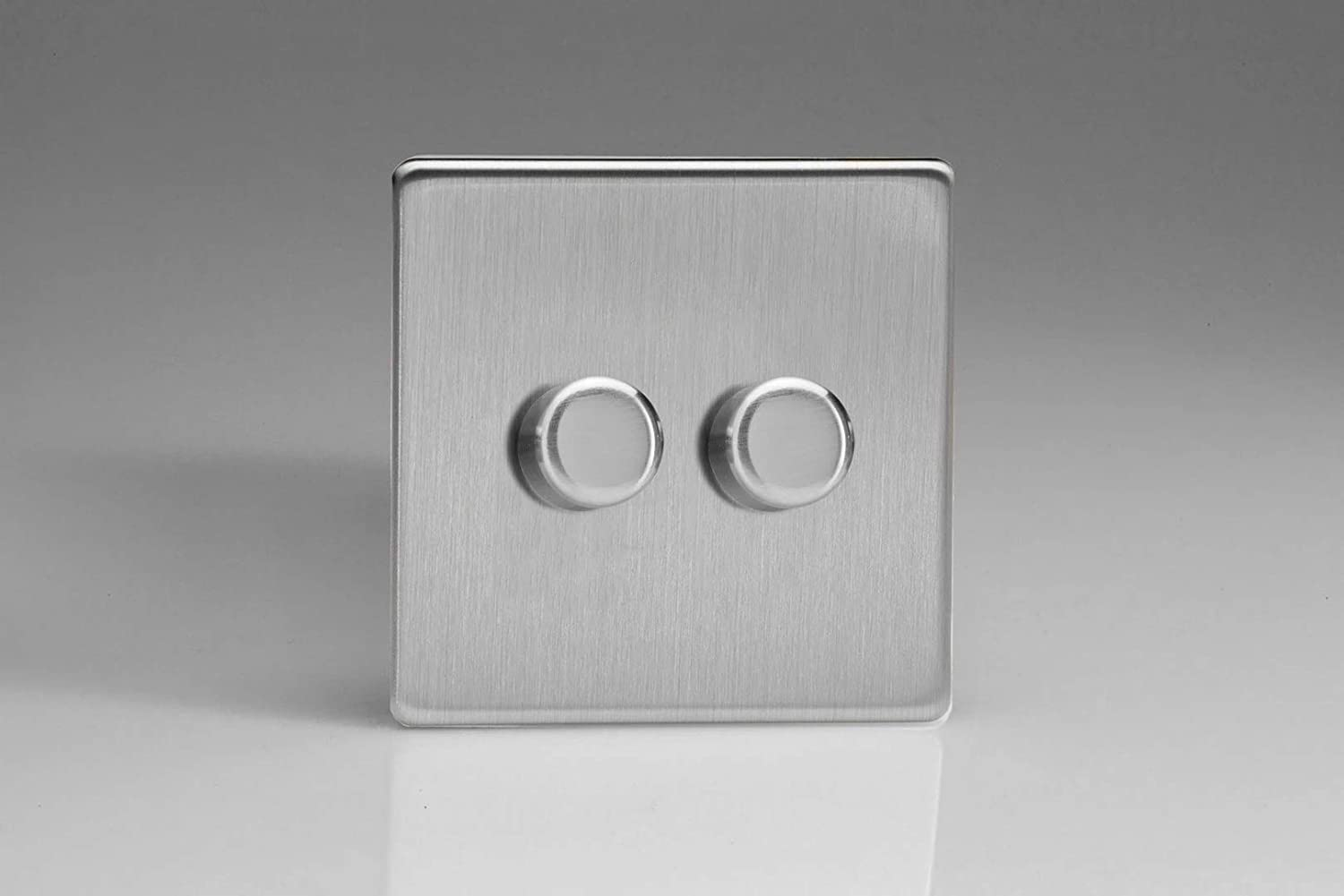 250/ W Varilight Brushed Steel screwless LED dimmer switch/  2/ velocidades 1/ or 2/ Way / V de Pro Series Single by Varilight Trailing Edge