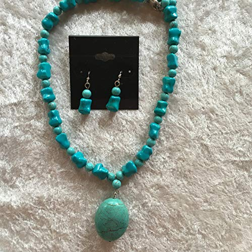 (Natural Tumbled Turquoise Gemstone Beaded Necklace and Dangle Earrings Set)