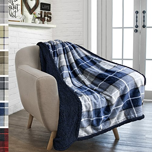 PAVILIA Premium Sherpa Throw Blanket for Couch Sofa | Soft Micro Plush Reversible Throw | Lightweight All Season Plaid Design Fleece Blanket (50 X 60 Inches Navy Blue)