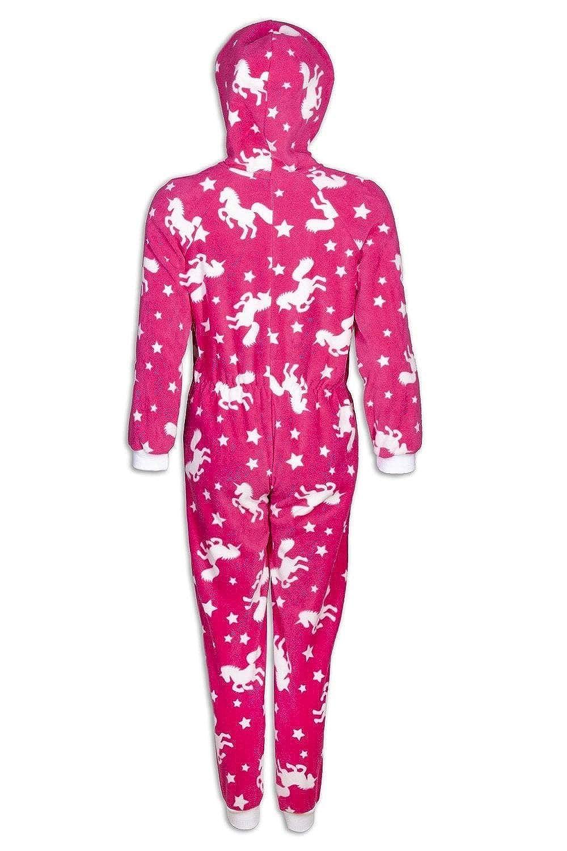 Camille Fleece mit Kapuze In einem grauen Strampler Pyjama