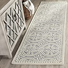 Safavieh Cambridge Collection CAM123D Handcrafted Moroccan Geometric Silver and Ivory Premium Wool Area Rug (2' x 3')