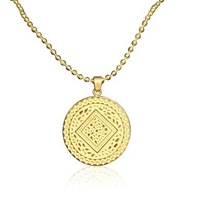Amazon.com  MultiBey 18K Gold Plated Medallion Necklace Circle Round ... c24ed97e92