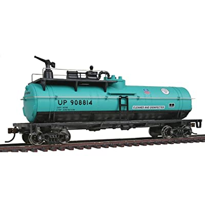 WalthersTrainline Ready to Run Union Pacific #908814 Firefighting Car, Green/Black: Toys & Games