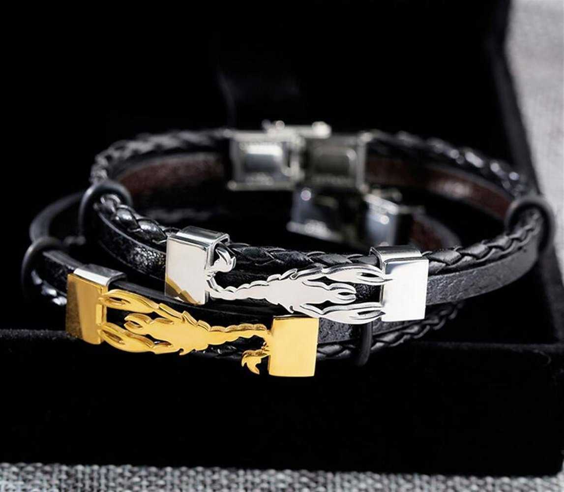 Accessoires pour femmes Mode R/étro Multicouche Acier Titane Bracelet Cuir Personnalit/é Scorpion Bracelet Dor/é de Huyizhi