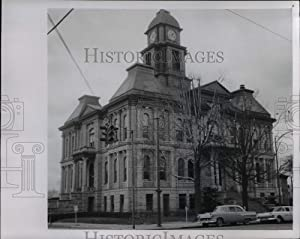 Historic Images 1957 Press Photo Ohio, Millersburg Holmes County Courthouse cvb012057.25x9