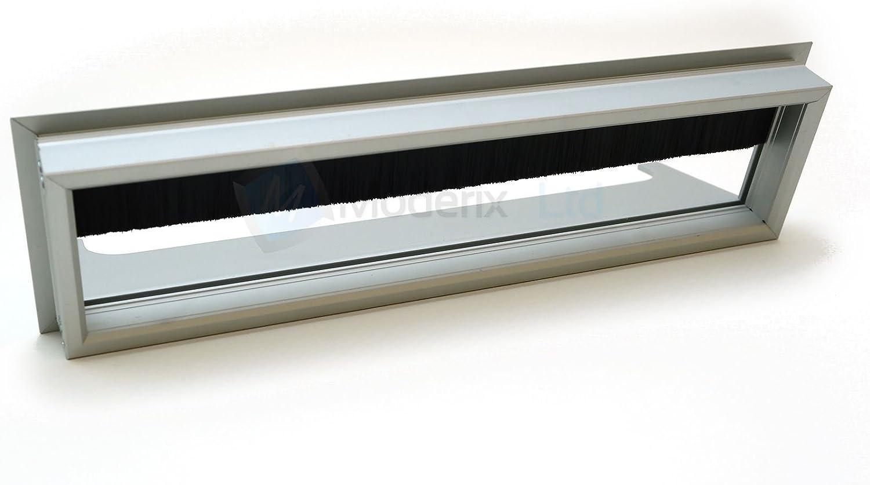 Passe cable passe fil M/étal noire design 160 x 80 mm