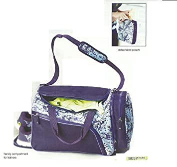 a40aecf2e2 Shockwave Weekender (Gym Bag) by Avon  Amazon.co.uk  Sports   Outdoors