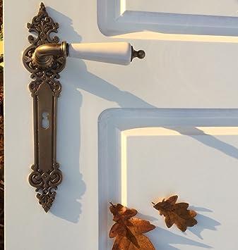 Langschild-Garnitur mit Türklinken im Klassizismus Stil