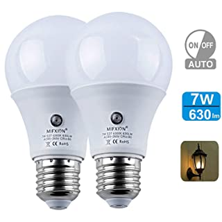 Dusk to Dawn LED Outdoor Lighting, Sensor Light Bulbs,7W (60W Equivalent) E26/E27 A19 LED Security Light Bulbs for Porch Yard Patio Garage Garden, Automatic On/Off,Cool White,2 Pack