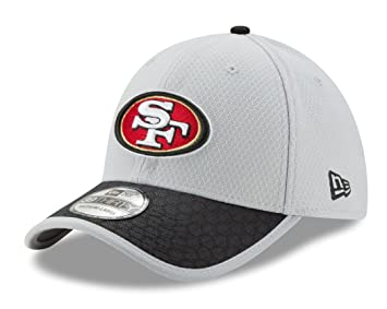 306bbe66b21 Image Unavailable. Image not available for. Colour  San Francisco 49ers New  Era NFL 39THIRTY 2017 Sideline Gray Flex Fit Hat