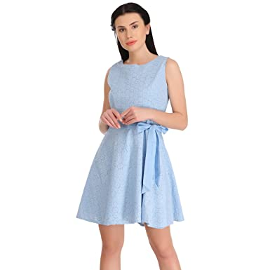 Kleid hellblau a linie