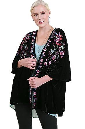 0e6073ae0045b1 Umgee Women s Bohemian Embroidered Velvet Kimono Plus Size at Amazon ...