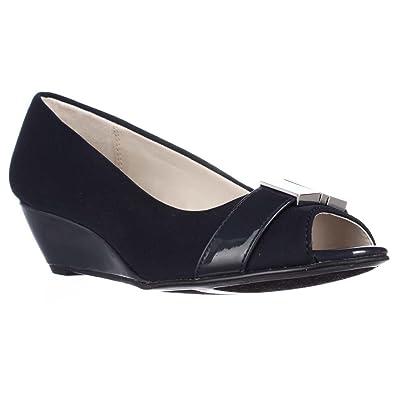 ea065f446c Amazon.com: Alfani Womens Chorde Peep Toe Casual Platform Sandals: Shoes