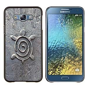 KLONGSHOP // Cubierta de piel con cierre a presión Shell trasero duro de goma Protección Caso - Arquitectura Diseño Estatuilla de piedra - Samsung Galaxy E7 E700 //