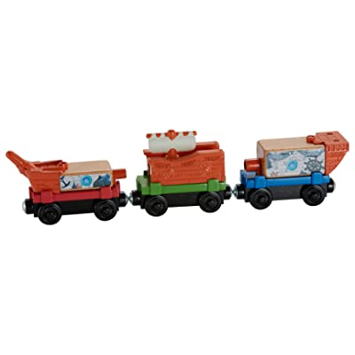Fisher-Price Thomas & Friends Wooden Railway, Pirate Ship Delivery Train Set: Toys & Games