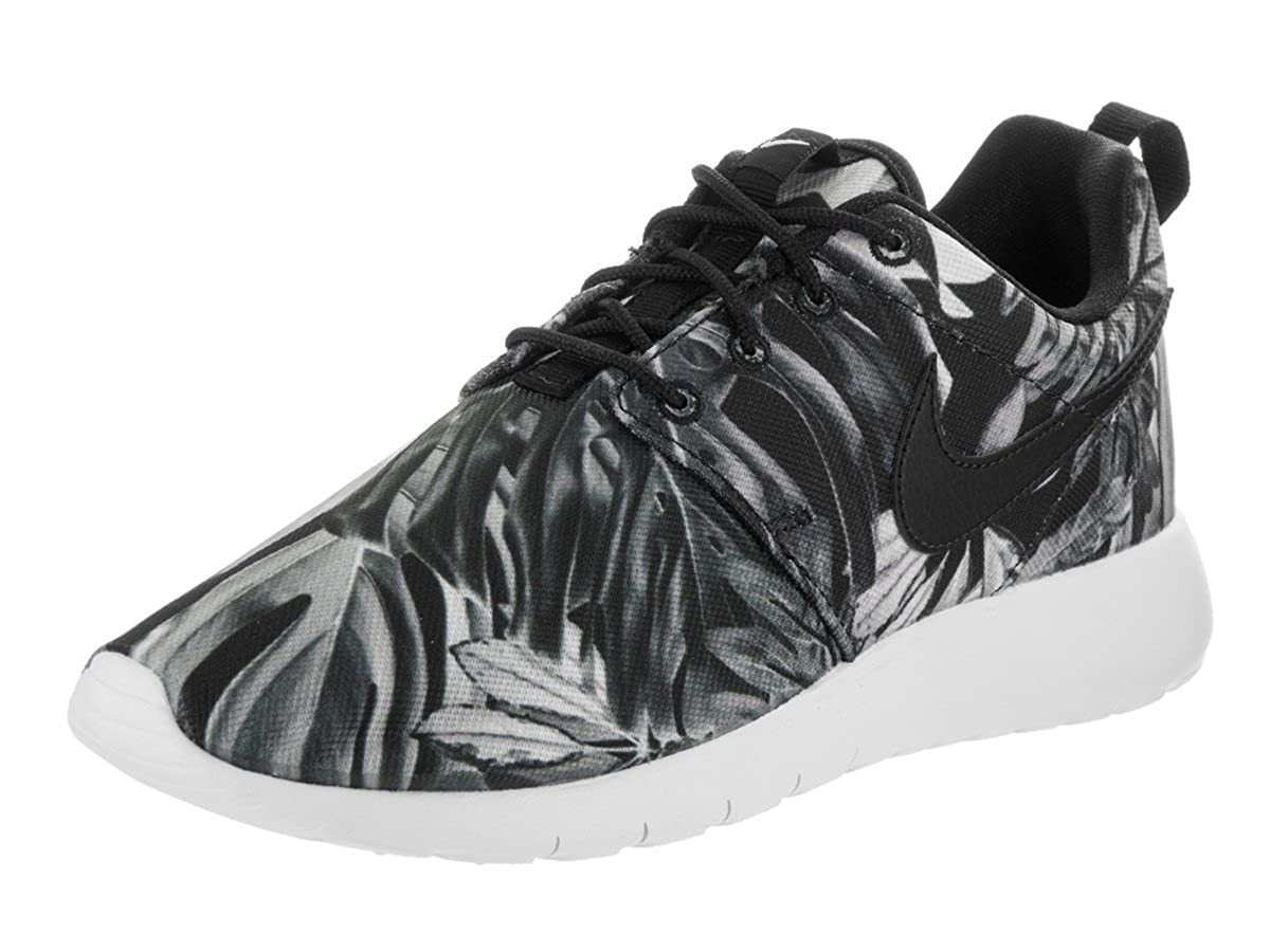 huge discount 7e190 ef6e8 Amazon.com   NIKE Kids Roshe One Print (GS) Wolf Grey Black Black White  Running Shoe 6 Kids US   Running