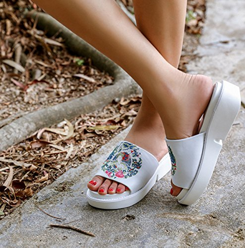 Sandals With Unknow Trend Bottom white Embroidered Muffin 38 Wind Thick Girls Fish Ladies New Shoes Women's Mouth Slippers National r46OnI4