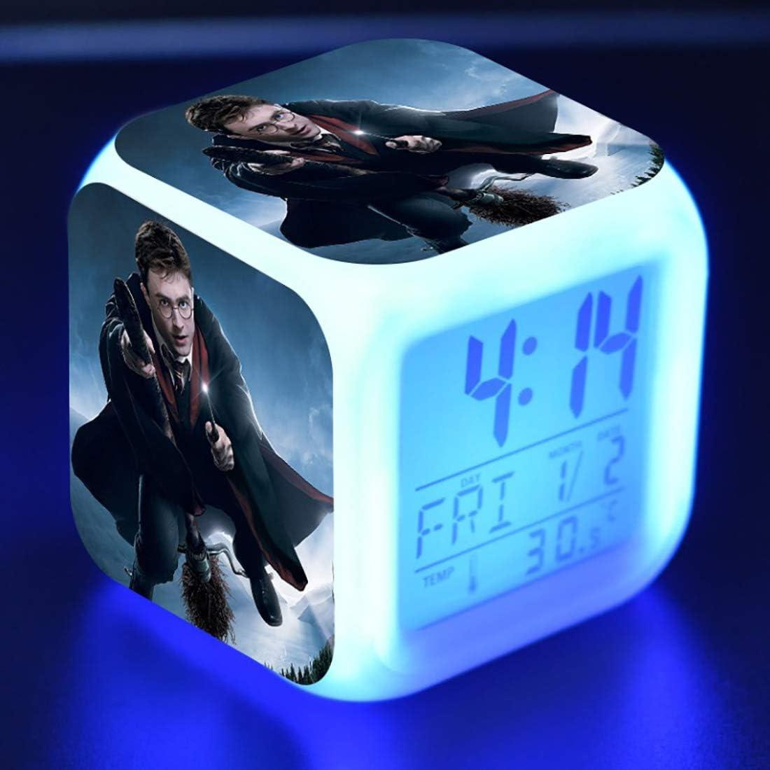 SXWY Harry Potter di Sveglia Digitale luci Colorate Umore Sveglia Quadrata Disponibile Ricarica USB Adatta per Regali Speciali per Ragazzi e Ragazze 01