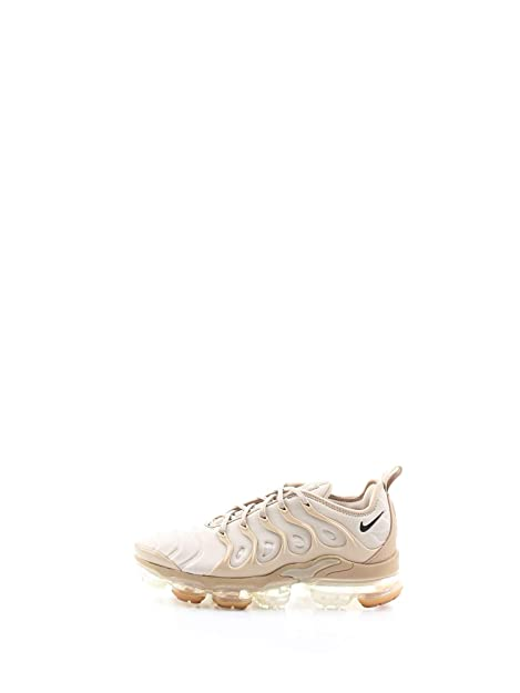 Amazon.com | Nike Air Vapormax Plus (String/Black-Desert, 9) | Fashion Sneakers