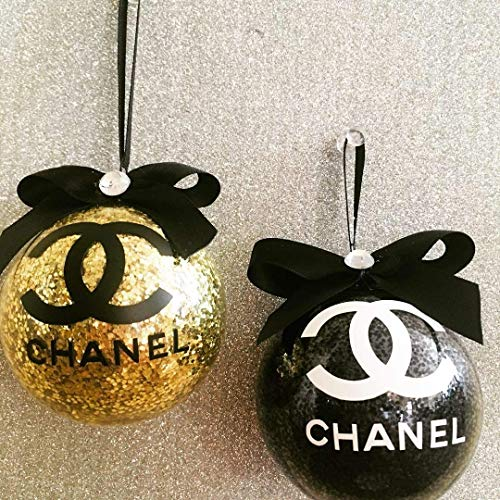 Chanel Christmas Ornaments.Amazon Com 4 Christmas Ornaments Elegant Ornaments Chanel