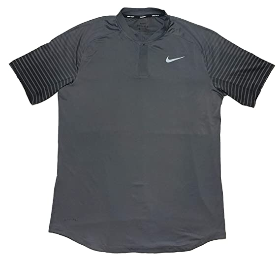 e6c5e87d Amazon.com: Nike Men's Gold Dri-Fit TW Tiger Woods Cooling Graphic ...
