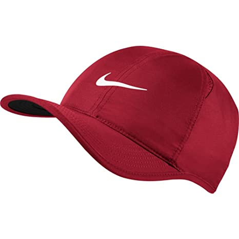 c753644a2aaca1 Amazon.com  NIKE Feather Light Tennis Hat (GYM RED BLACK WHITE