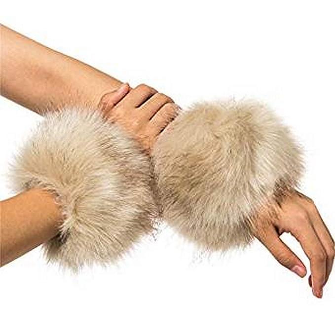 PICCOLI MONELLI Polsini Polsi in Eco Pelliccia manicotti per maglie e  cappotti beige confezione 2 pz  Amazon.it  Abbigliamento ec8bdcd38b0