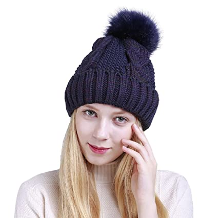 c27cec57042 Amazon.com  Women Winter Hat