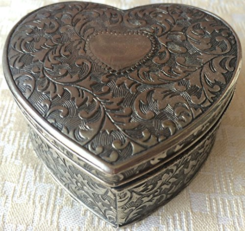 Vintage Japan Silver-Plated Embossed Jewelry/Trinket Box (8170)