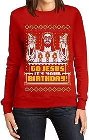 """Il regalo di natale peggiore di tutti? Il classico maglione brutto di Natale, con la scritta """"Go Jesus! It's your Birthday!"""""""