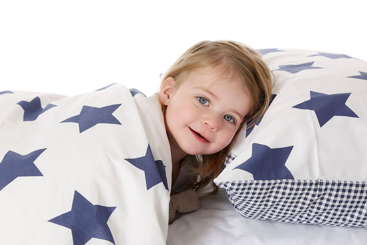 Cotbed Duvet Cover and Pillowcase Set, Red Stars and Red Gingham Pixie and jack 6011