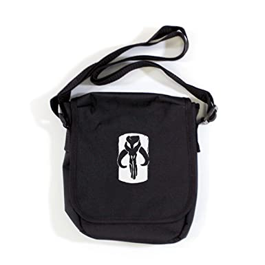 ee415eec8 STAR WARS: MANDALORIAN SKULL LOGO Mini Reporter Bag (One Size Fits  All/Black): Amazon.co.uk: Clothing