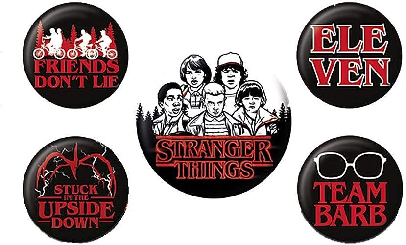Amazon.com: Juego de insignias de 5 piezas con personajes de ...