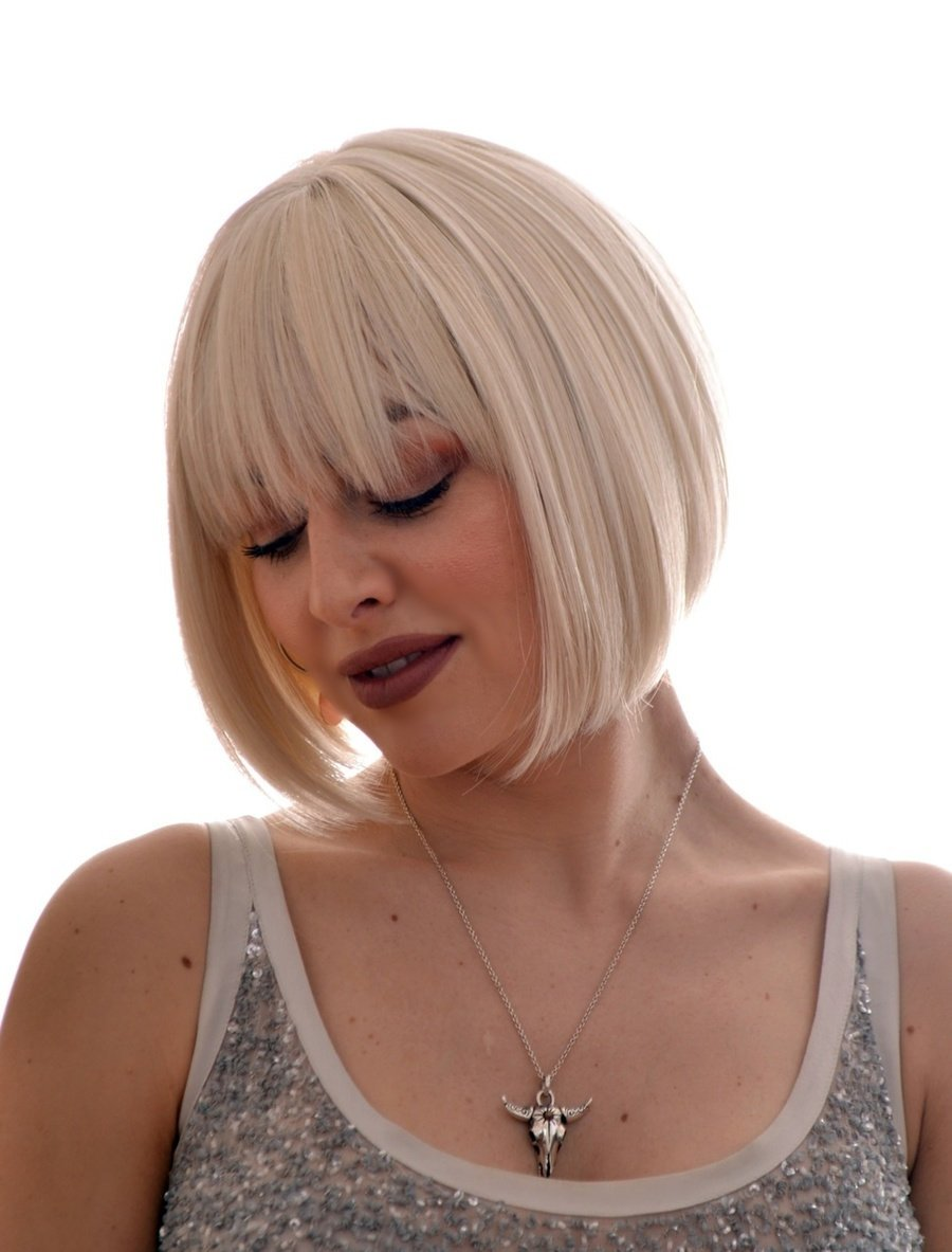 Amazon Platinum Blonde Short Bob Hairstyle Wig In The Style