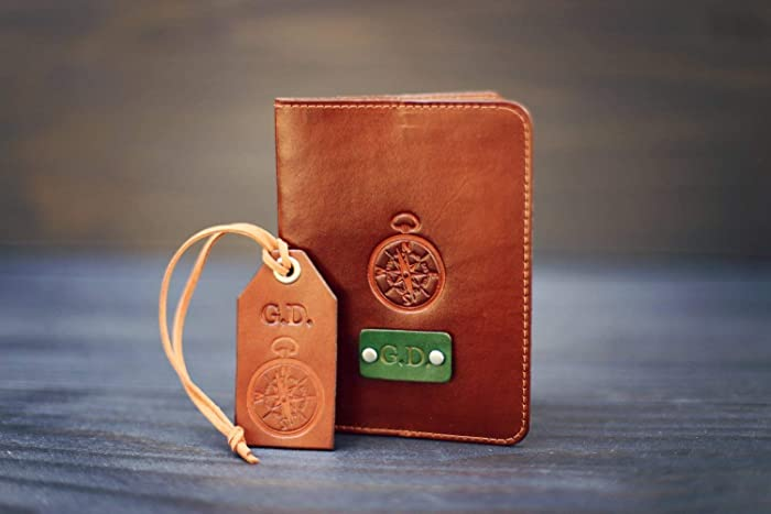 97a375f4682 Amazon.com  A set of Personalized real Leather Passport Holder and a Luggage  Tag