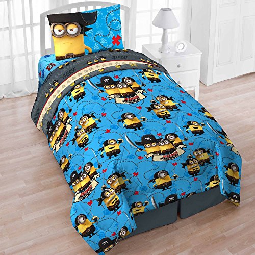 Despicable Me Minions Twin 4 Piece Bedding Set with Tote - Reversible Comforter, Sheets, Pillowcase