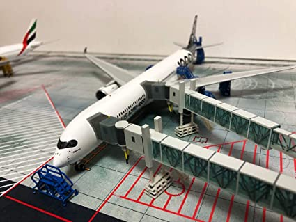 Amazon com: JC Wings Airport Boarding Ladder aerobridge 1