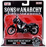 "Sons of Anarchy Alex ""Tig"" Trager 1:18 Diecast Replica Bike"