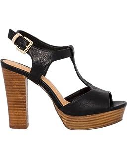 3d69ca04823 LE CHÂTEAU High Wooden Block Heel T-Strap Sandal
