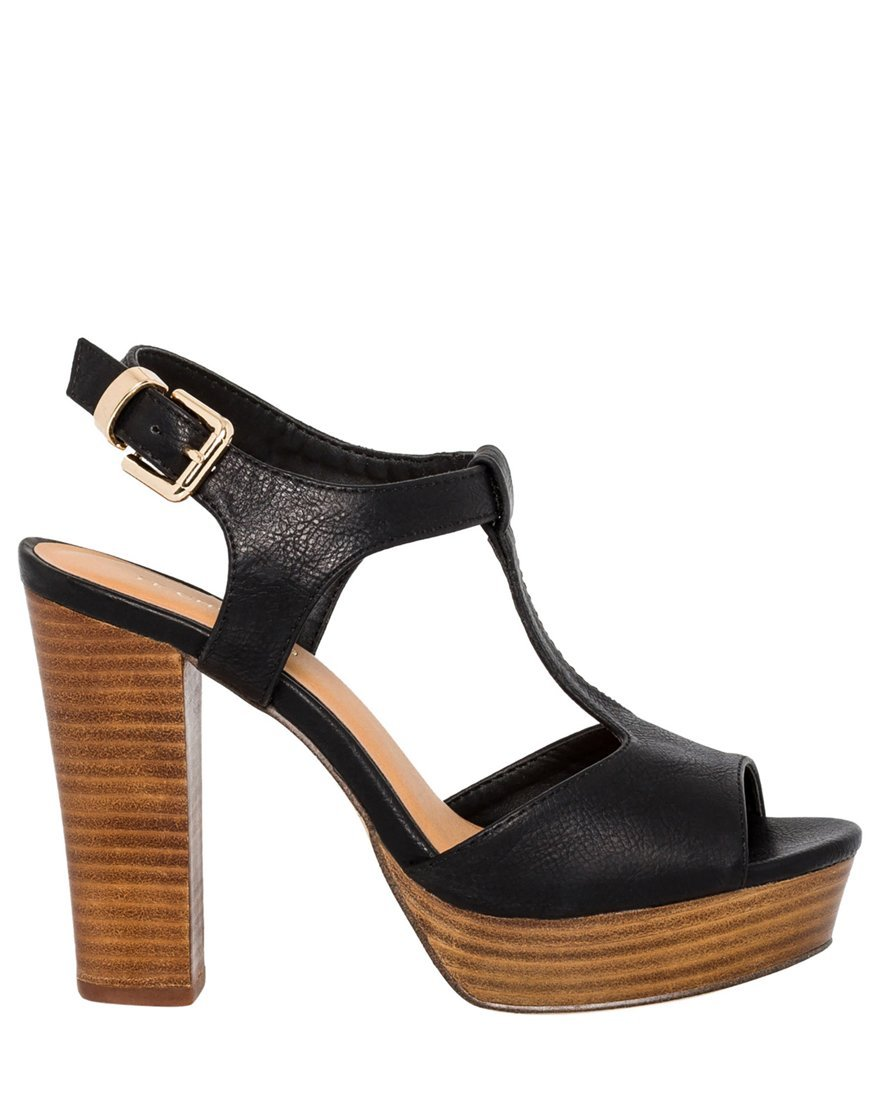 LE CHÂTEAU Women's High Wooden Block Heel T-Strap Sandal,38,Black