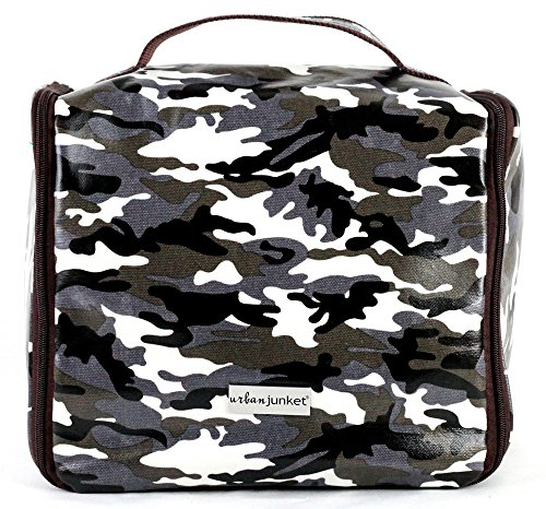urban-junket-hanging-travel-bag-camo