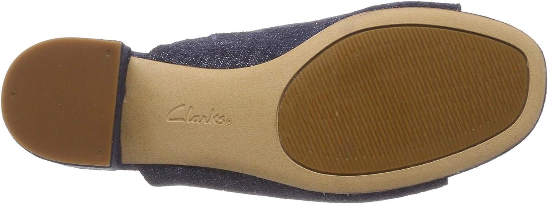 Clarks Orabella Daisy Women's Fashion Sandals Navy Interest D
